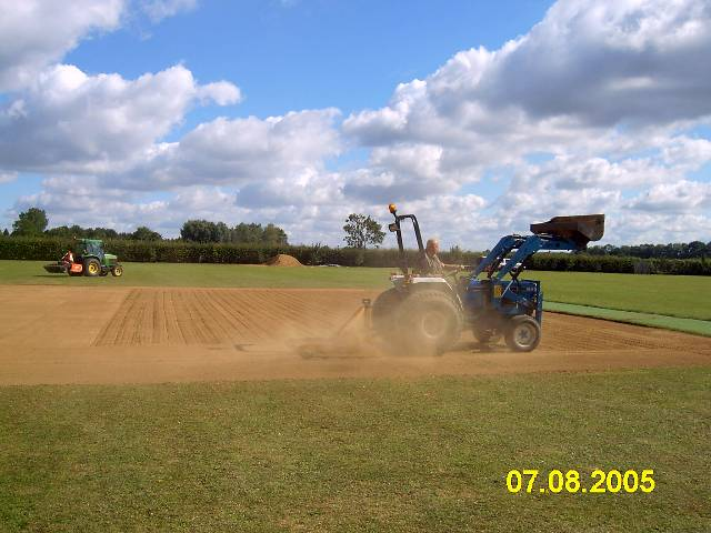 On this day The Ongar loam was laid and spread, and then seeded and fertilised (hand machine)